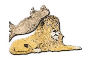 Löwe mit Robbe